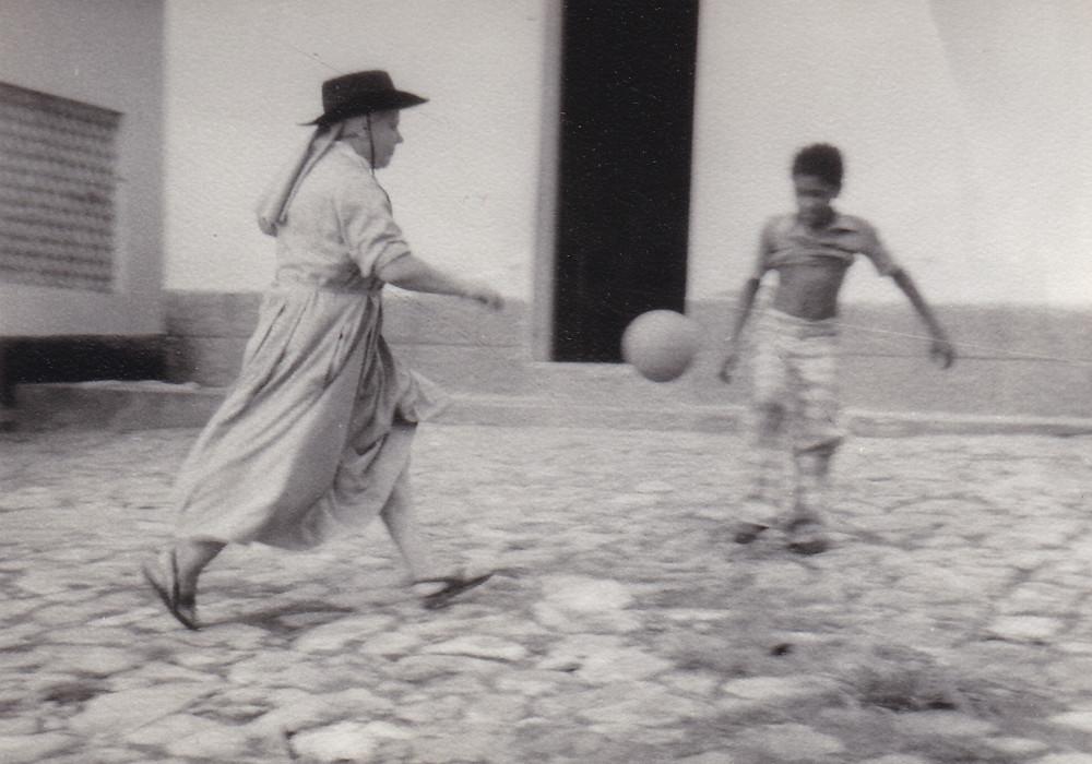 Grajaù Lebbrosario. Sr. Guglielmina anima sportiva (1979)