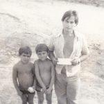 Alto Alegre 1981. Un padre con i suoi bambini