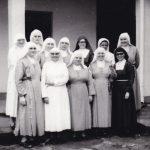 Il gruppo delle missionarie con la Madre generale