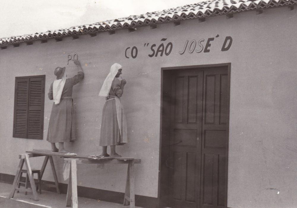 Preparazione del posto medico S. José da providencia 1977