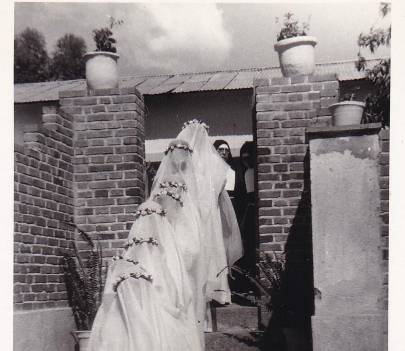 Saganeiti 1965 Le prime vestizioni
