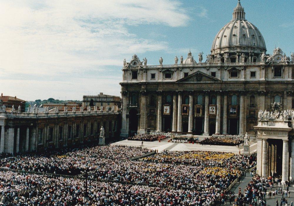 Roma Piazza S. Pietro 10 ottobre 1993