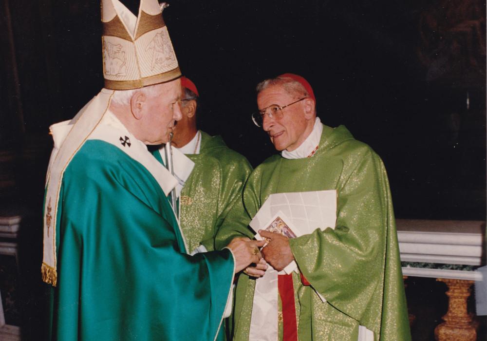 Il Card. Giovanni Canestri arcivescovo di Genova