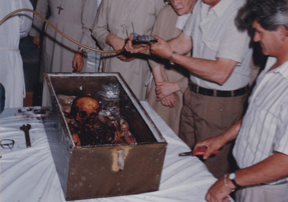 Montevideo 1993. Come apparivano i sacri resti