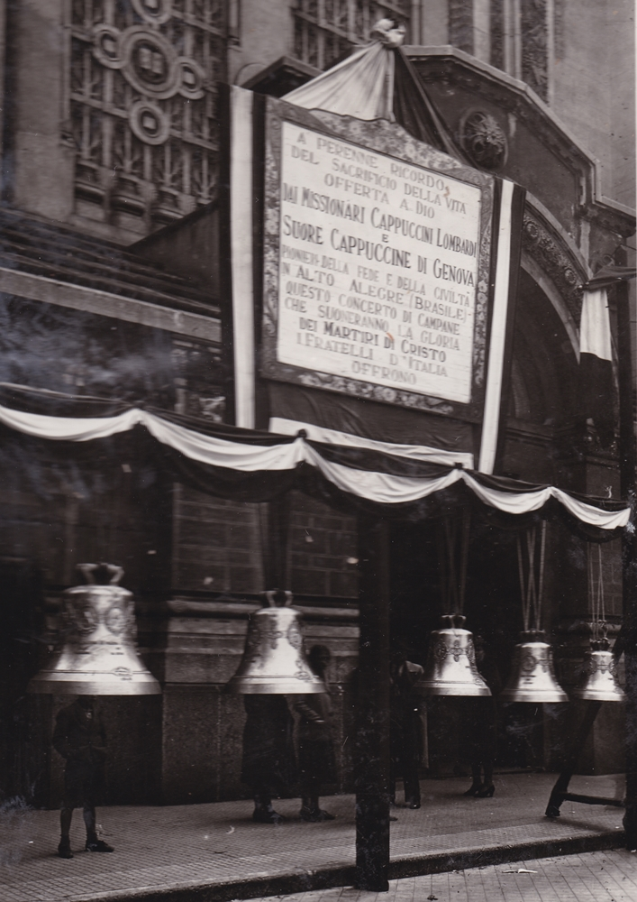 Milano, 5 aprile1940. Vengono consacrate cinque campane in memoria dei Martiri del Maranhao