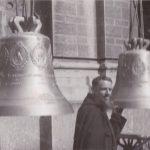 Milano, 5 aprile 1940: P. Adriano da Bondo Petello, missionario cappuccino in Brasile, promotore del progetto delle campane