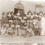 Gruppo delle Sorelle martiri con le donne indigene della colonia