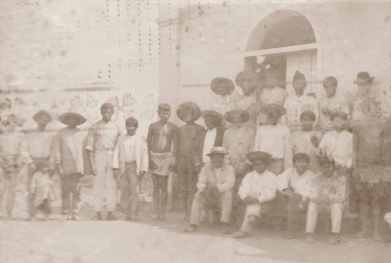 Gruppo di giovani Cabocos che abitavano in Alto Alegre