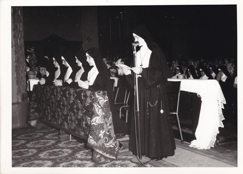 Milano, 2 agosto 1964. Rito del mandato